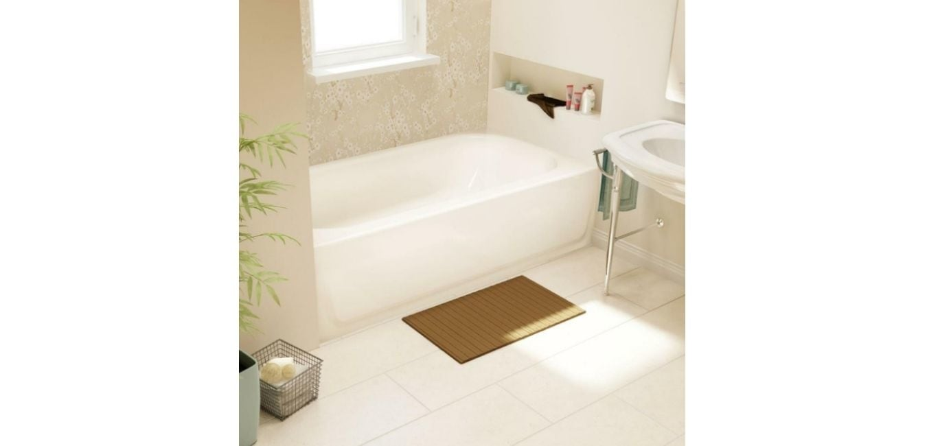 What Are Alcove Soaking Tubs